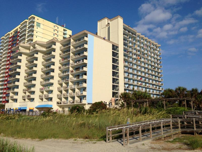 Unit 502 is in the oceanfront building of The Bluewater Resort. - Spacious and Cozy Oceanfront Condo in Myrtle Beach - Myrtle Beach - rentals