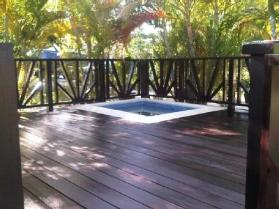 Plunge Pool on Deck - Beautiful 2 Bed 2 Bath Villa with Plunge Pool - Sunset Crest - rentals
