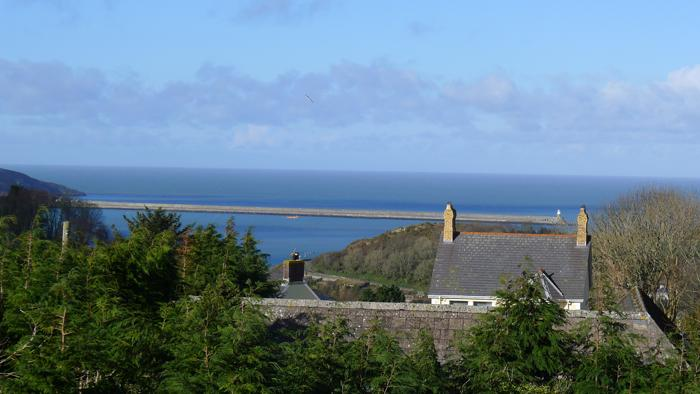 Five Star Holiday Cottage - Cadiz, Fishguard - Image 1 - Fishguard - rentals