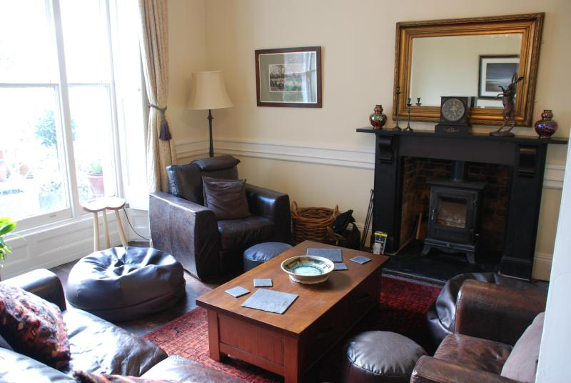 Private Lounge with TV - Ardle Bank Accomodation - Marlborough - rentals