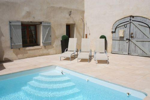 Shabby Chic with heated pool - Beautifully decorated with heated pool and private courtyard - Image 1 - Pouzolles - rentals