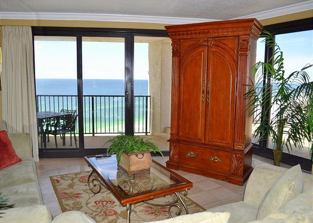 Living Room - HUGE SAVINGS - AMAZING VIEWS in Gulf-Front 2/2 Penthouse with Huge Terrace!! - Miramar Beach - rentals