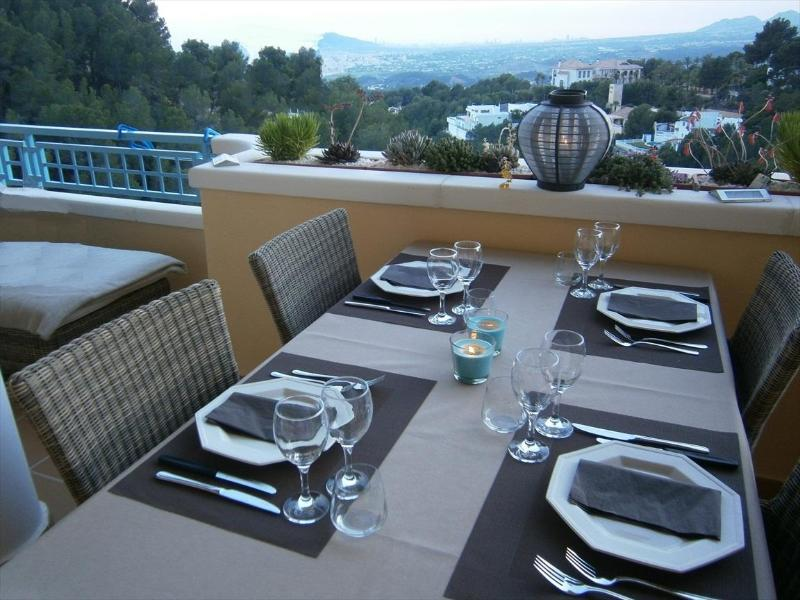 Altea apartment with large terrace and beautiful view - Image 1 - Altea - rentals