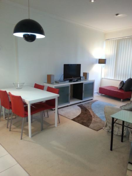 Bright and stylishly furnished - 1 Bdrm Aptmnt just 5 min walk to Circular Quay - Sydney - rentals