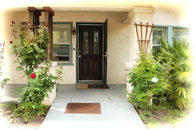 Welcome! - Vintage Home In the heart of the Chico avenues - Chico - rentals
