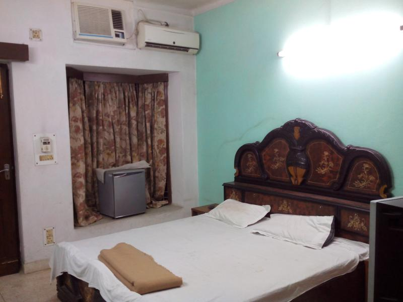front bedroom for two - Stay in New Delhi INDIA - Greater Kailash - rentals