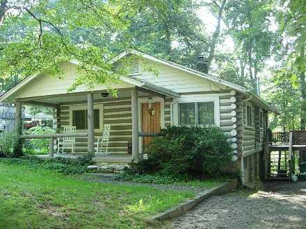 Black Mountain Cabin - Black Mountain Monthly Furnished - Image 1 - Black Mountain - rentals