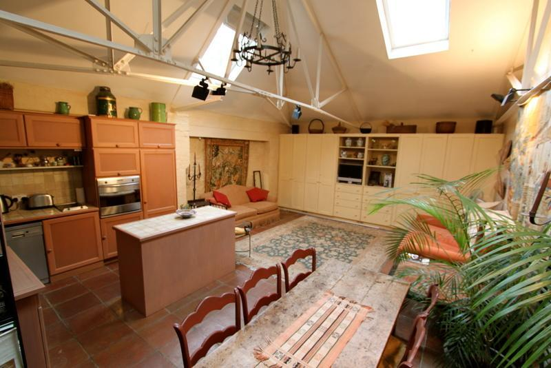 Kensington Church Walk, (IVY LETTINGS). Fully managed, free wi-fi, discounts available - Image 1 - London - rentals