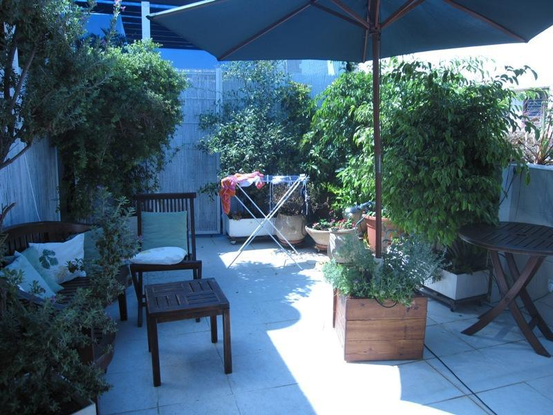 Terrace - LUXURIOUS ROOFTOP GARDEN APT MINUTE FROM THE BEACH - Tel Aviv - rentals