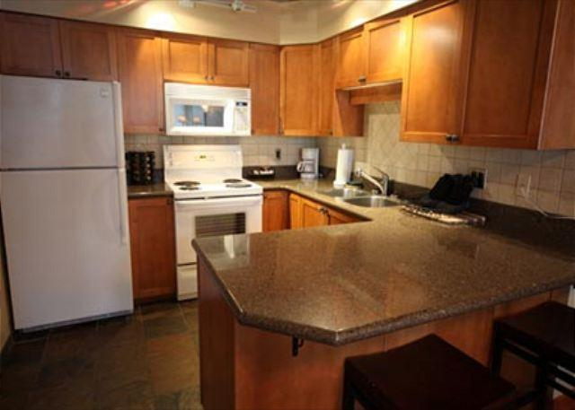 Full Kitchen - 2 Bedroom and Loft Ski-in Ski-Out Condo at Whistler - Greystone Lodge - Whistler - rentals