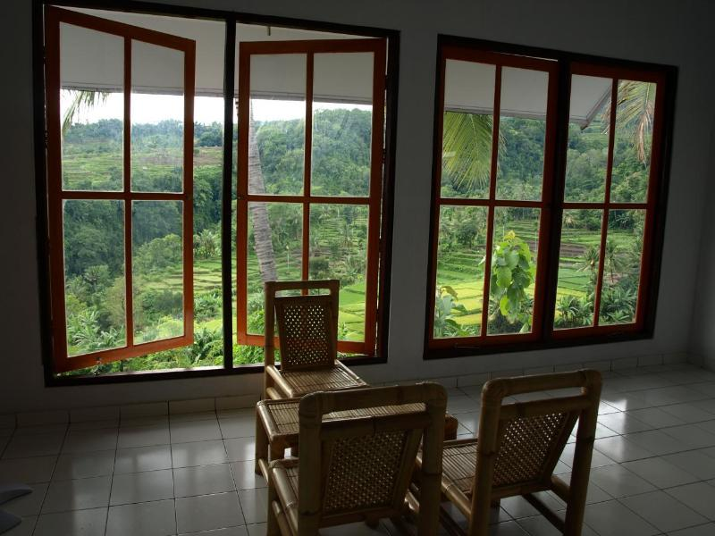Valley view from living room - 2 Bedroom Villa in beautiful Senaru, Lombok - Lombok - rentals