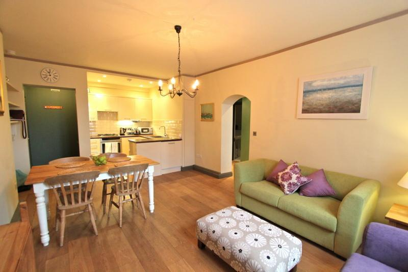 Ranelagh Gardens,  (IVY LETTINGS). Fully managed, free wi-fi, discounts available. - Image 1 - London - rentals