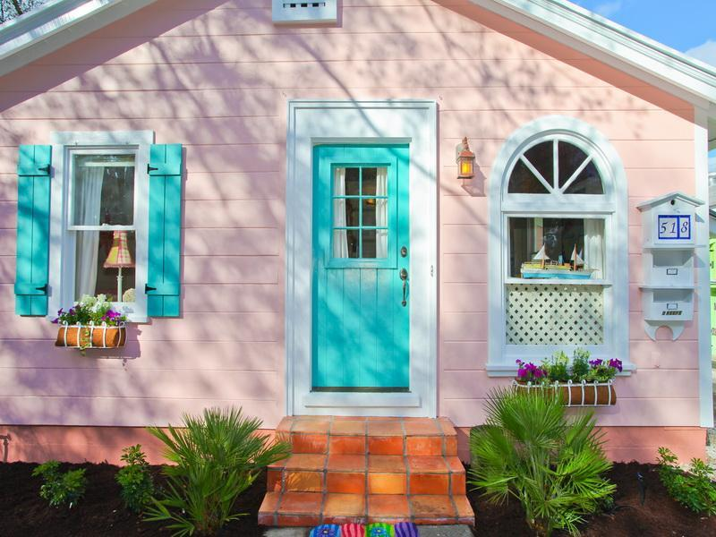 DOWNTOWN Quiet, Charming Historic Cottage. Voted #1 area - Charm'g Cottage DOWNTOWN  WALK to Main ST & Harbor - Sarasota - rentals