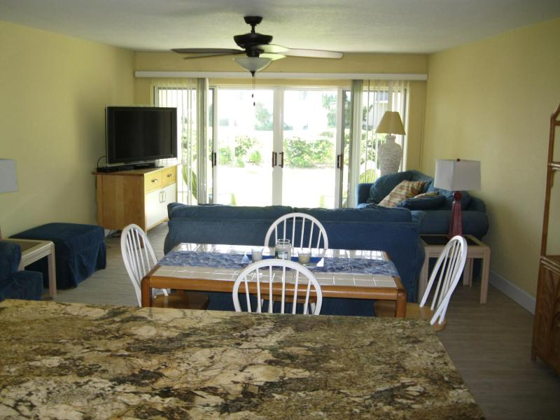 Kitchen/Dining Room/Living Room - Beautiful Ocean View Unit! - New Smyrna Beach - rentals