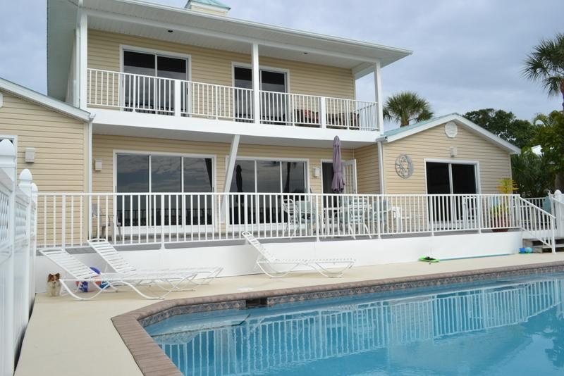 beach side of home with pool & deck - 4 Bedroom, 4 Bath Luxury beachfront/1BR guest hse (additional cost - not in pricing) - Fort Myers Beach - rentals