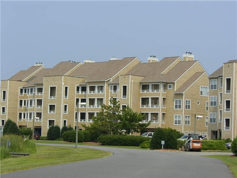 3BR with entertainment center - Buccaneer Village #1114 - Image 1 - Manteo - rentals