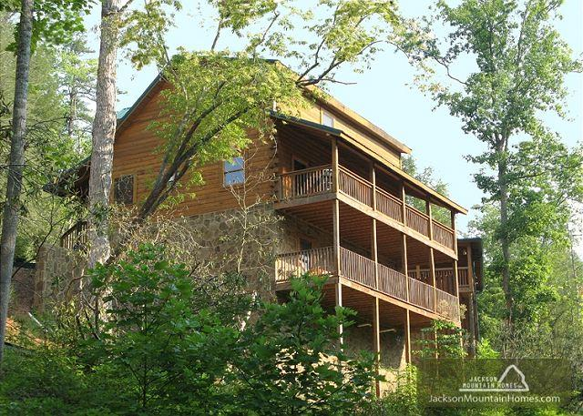 MOUNTAIN DREAMS - Image 1 - Gatlinburg - rentals