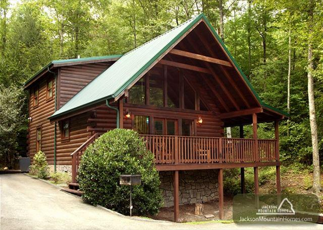 ON SMOKY'S POND - Image 1 - Gatlinburg - rentals