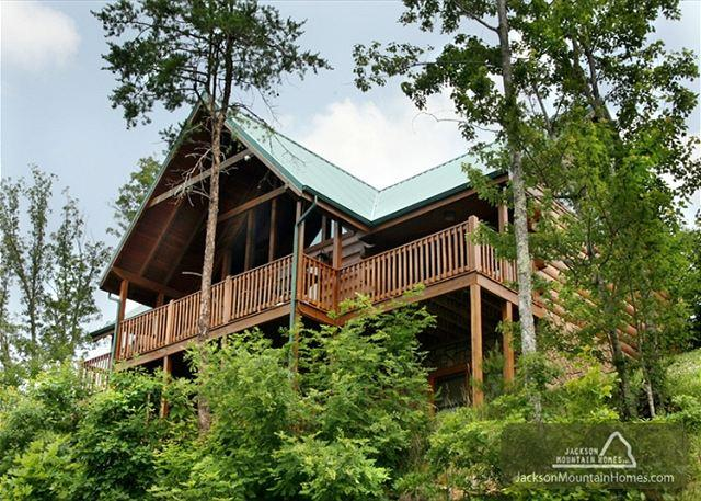 SUMMIT LODGE - Image 1 - Gatlinburg - rentals
