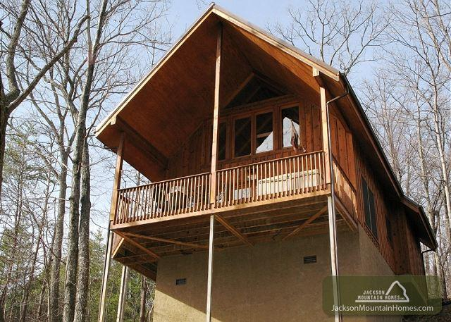 BEAR COUNTRY CABIN - Image 1 - Gatlinburg - rentals