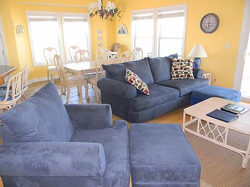 Living Room  View 01 - Going Coastal - Surf City - rentals