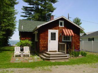 Picturesque 3 BR, 1 BA House in Gilford (Gilford 3 BR/1 BA House (337)) - Image 1 - Gilford - rentals