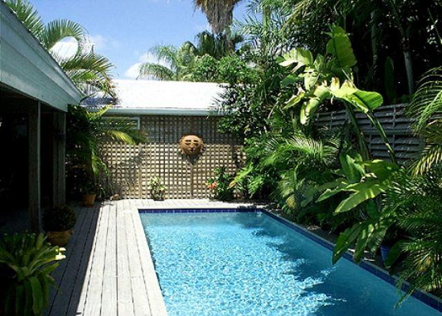 Olivia Cottage - Image 1 - Key West - rentals