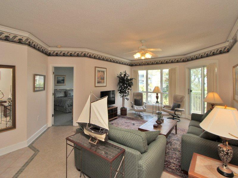Living Room at 2416 Windsor II with Flat Screen TV - 2416 Windsor II - Hilton Head - rentals