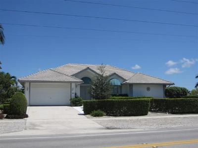 Front view of home - Bar 201N - 201 N Barfield - Marco Island - rentals