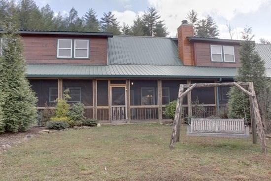HOOK, LINE, AND SINKER*2 BR~2.5 BA~CABIN CONDO NEAR THE TOCCOA RIVER~POOL TABLE~AIR HOCKEY~PET FRIENDLY~CHARCOAL GRILL~SAT TV~HOT TUB~WIFI~FIREPLACE~FIRE PIT~MOTORCYCLE FRIENDLY~$99/NIGHT - Image 1 - Blue Ridge - rentals