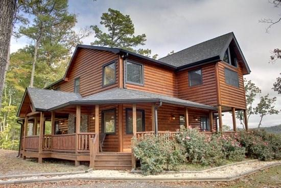 LONESOME DOVE*3BR~3BA~WESTERN THEMED CABIN~MOUNTAIN VIEW~GAS GRILL~PAVED ROADS~POOL TABLE~WETBAR~FLAT SCREEN TV~GAS AND WOODBURNING FIREPLACES~ - Image 1 - Blue Ridge - rentals