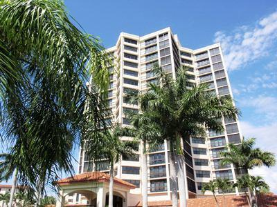 Chateaumere in Pelican Bay - PB CR C-204 - Image 1 - Naples - rentals