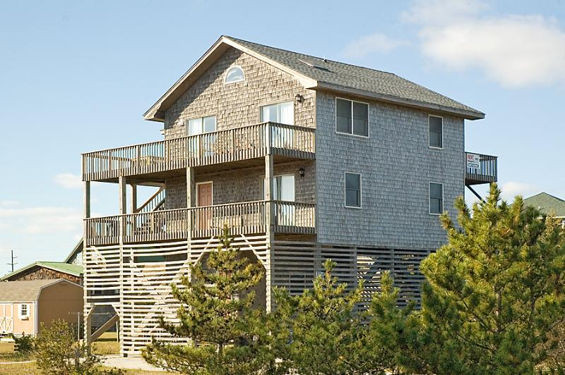 BEACH HOUSE ON THE MOON - Image 1 - Salvo - rentals