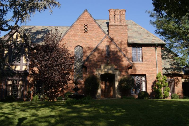 Hancock Park Tudor Mansion - 7 Bedroom 6 bathroom with Pool (3867) - Image 1 - Los Angeles - rentals