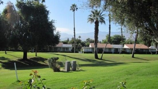 DUR64 - Rancho Las Palmas Country Club - 2 BDRM Plus Den, 2 BA - Image 1 - Rancho Mirage - rentals