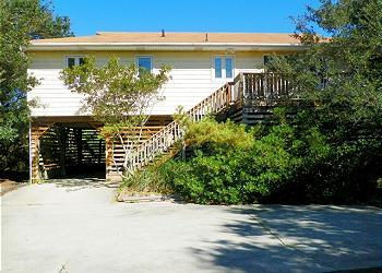 SS232- Bubbles' Bungalow; CLOSE TO THE BEACH, 3 BD - Image 1 - Southern Shores - rentals