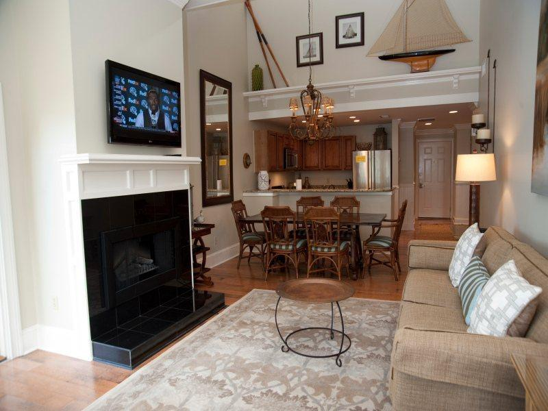Spacious Living Area at 1882 Beachside Tennis - 1882 Beachside Tennis - Hilton Head - rentals
