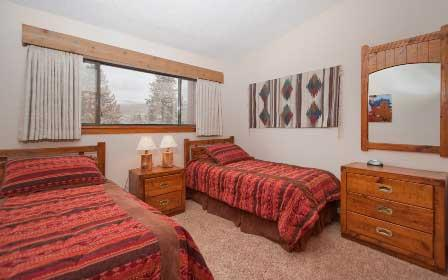 2 Bedroom, 2 Bathroom House in Breckenridge  (06B) - Image 1 - Breckenridge - rentals