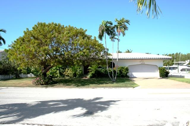 Front of house - Tarpon's Trail, nice single family home, # 122 - Key Colony Beach - rentals