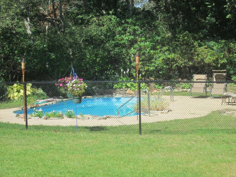 Fenced in pool  - Prime Cape Cod Centerville location w pool! - Centerville - rentals