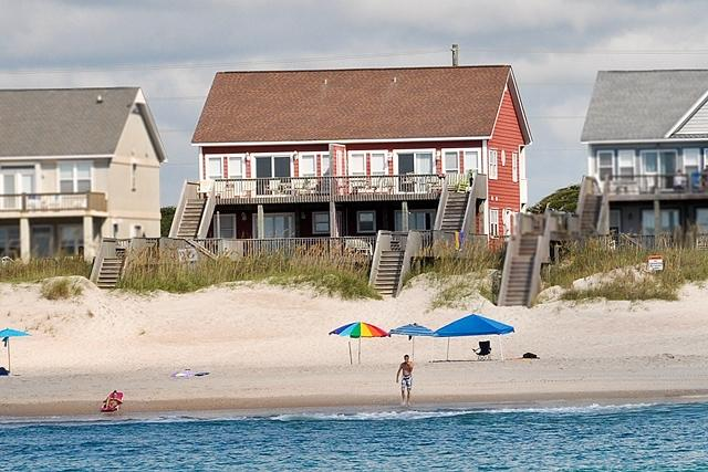 I'm on a boat! - Island Drive 3982 Oceanfront! | Internet, Pet Friendly, Game Equipment, Wedding Friendly - North Topsail Beach - rentals