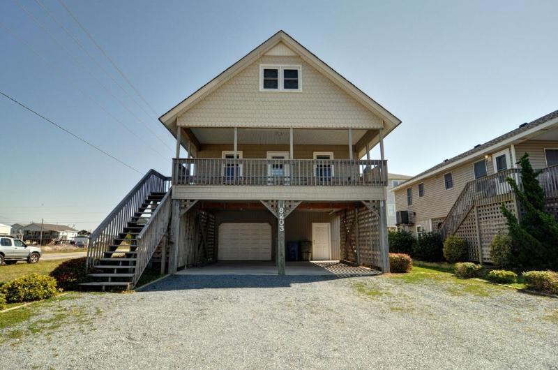 8203 5th Ave - 5th Avenue 8203 Oceanview! | Internet, Pet Friendly - North Topsail Beach - rentals