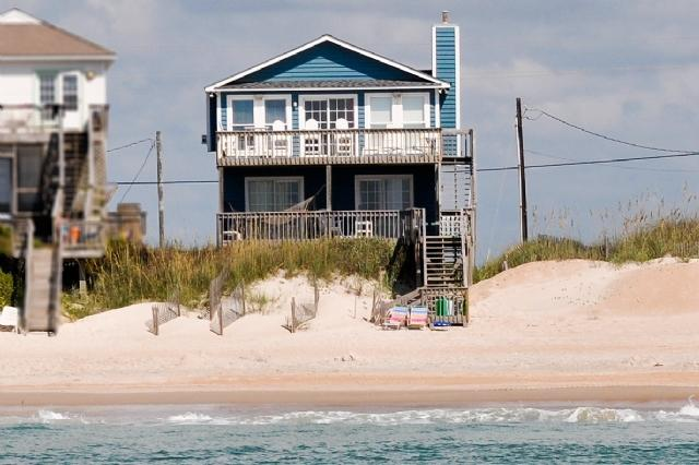 I'm on a boat! - Island Drive 3004 Oceanfront!   Internet - North Topsail Beach - rentals