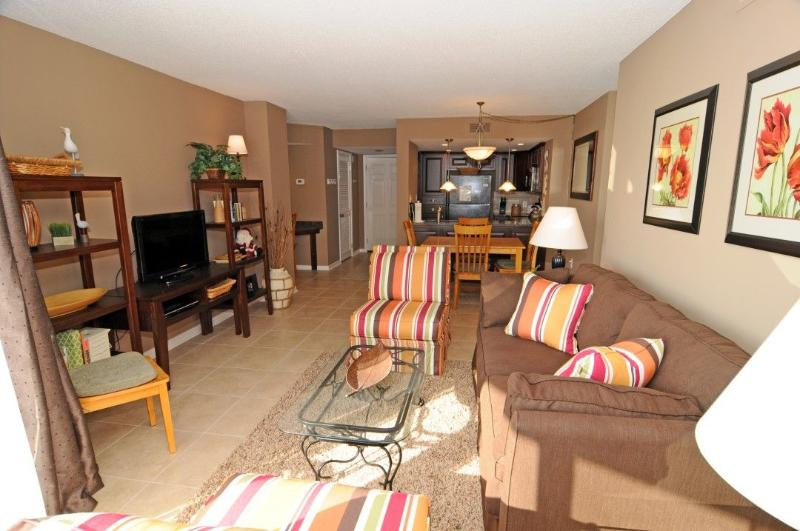 Living, Dining, Kitchen - St. Regis 2213 Oceanfront! | Indoor Pool, Outdoor Pool, Hot Tub, Tennis Courts, Playground - North Topsail Beach - rentals