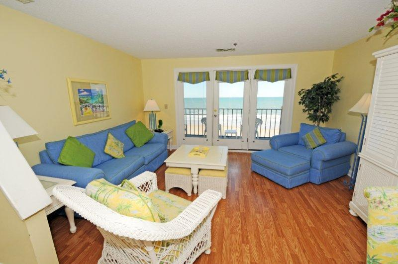 Living Room - Villa Capriani 317-B Oceanfront | 3 Pools, Largest Pool on NC Coast, 2 Hot Tubs, Grill Area, Tennis Courts, Restaurant, Internet - North Topsail Beach - rentals