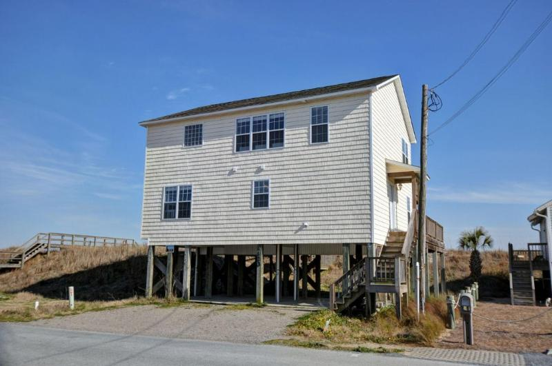 1120 N. Shore - N. Shore Dr. 1120 Oceanfront! | Jacuzzi, Pet Friendly, Internet - Surf City - rentals