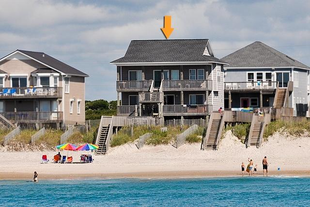 I'm on a boat! - Island Drive 4414 Oceanfront! | Hot Tub, Internet, Pet Friendly, Game Equipment - North Topsail Beach - rentals
