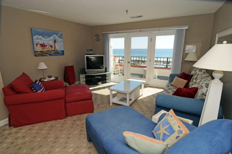 Living Room - Villa Capriani 301B - North Topsail Beach - rentals