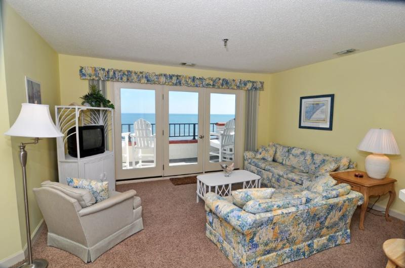 Living Room - Villa Capriani 416-A Oceanfront | 3 Pools, Largest Pool on NC Coast, 2 Hot Tubs, Grill Area, Tennis Courts, Restaurant, Internet - North Topsail Beach - rentals