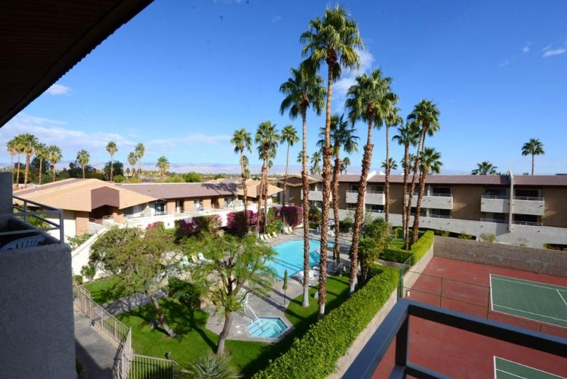 Biarritz Superb Location BI017 - Image 1 - Palm Springs - rentals